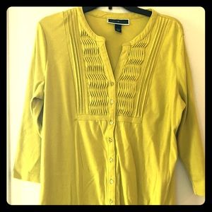 !! PRICE DROP !! Almost new Karen Scott Cardigan